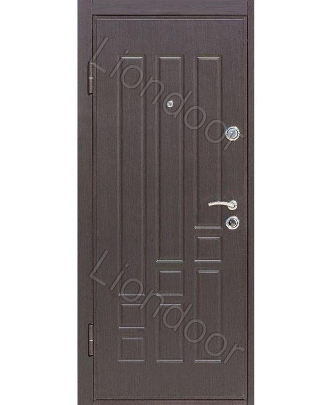 заказать входные металлические двери с отделкой пластиком в Москве