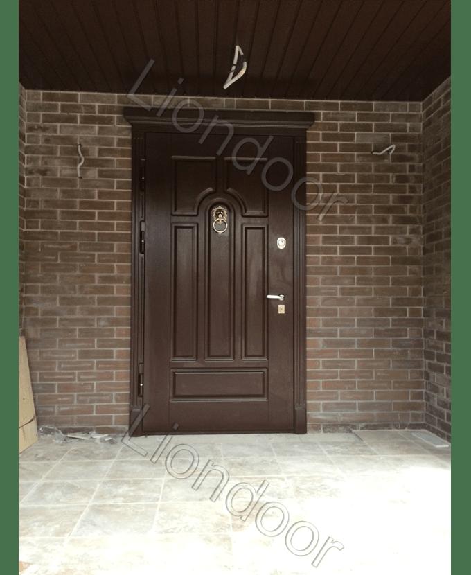 установка входных дверей металлических