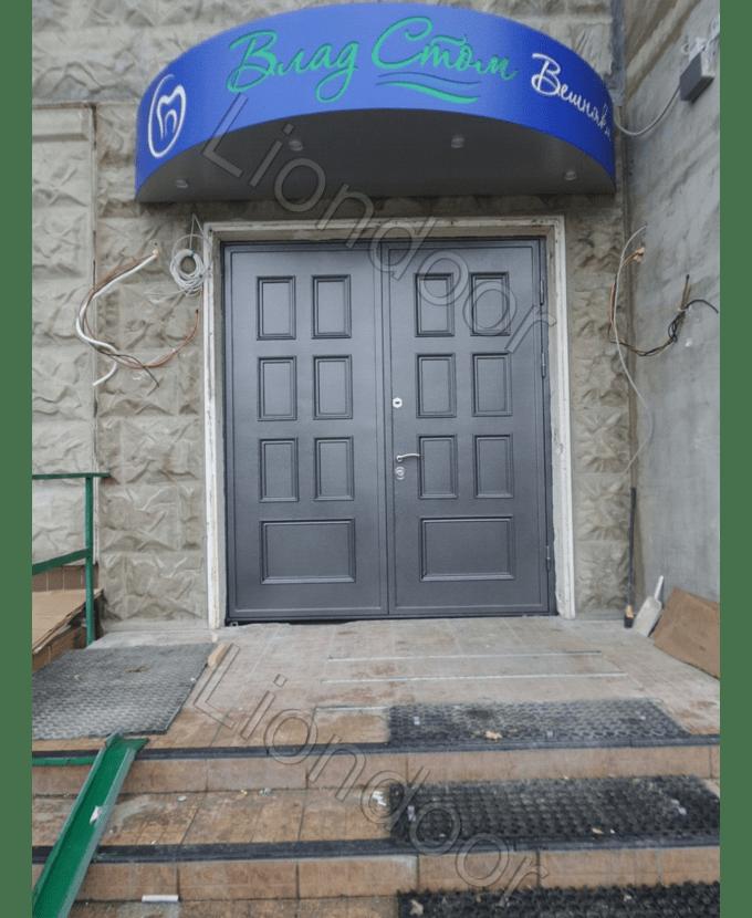 дешевые металлические входные двери