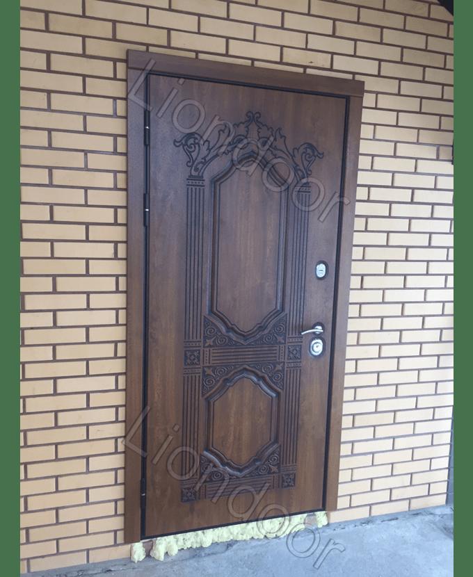 железные металлические двери