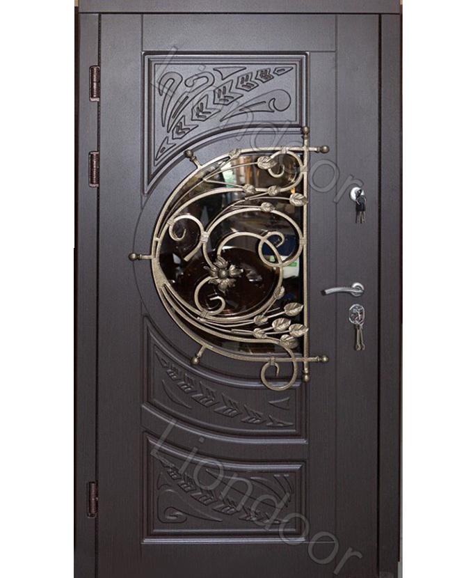парадные двери в коттедж